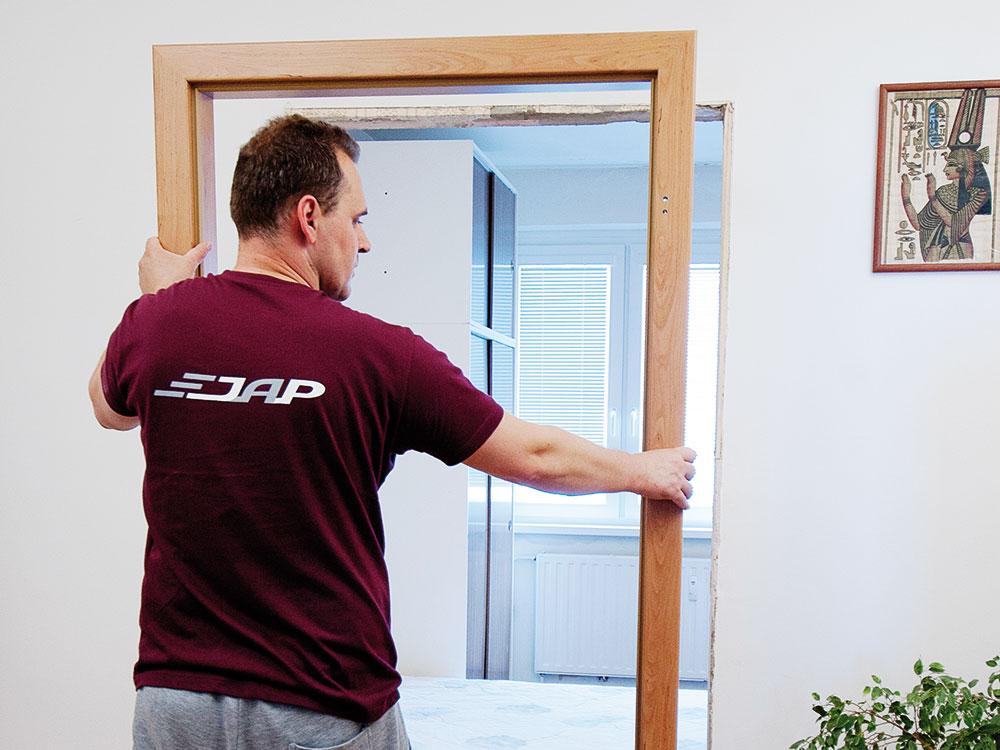 výmena zárubne dverí