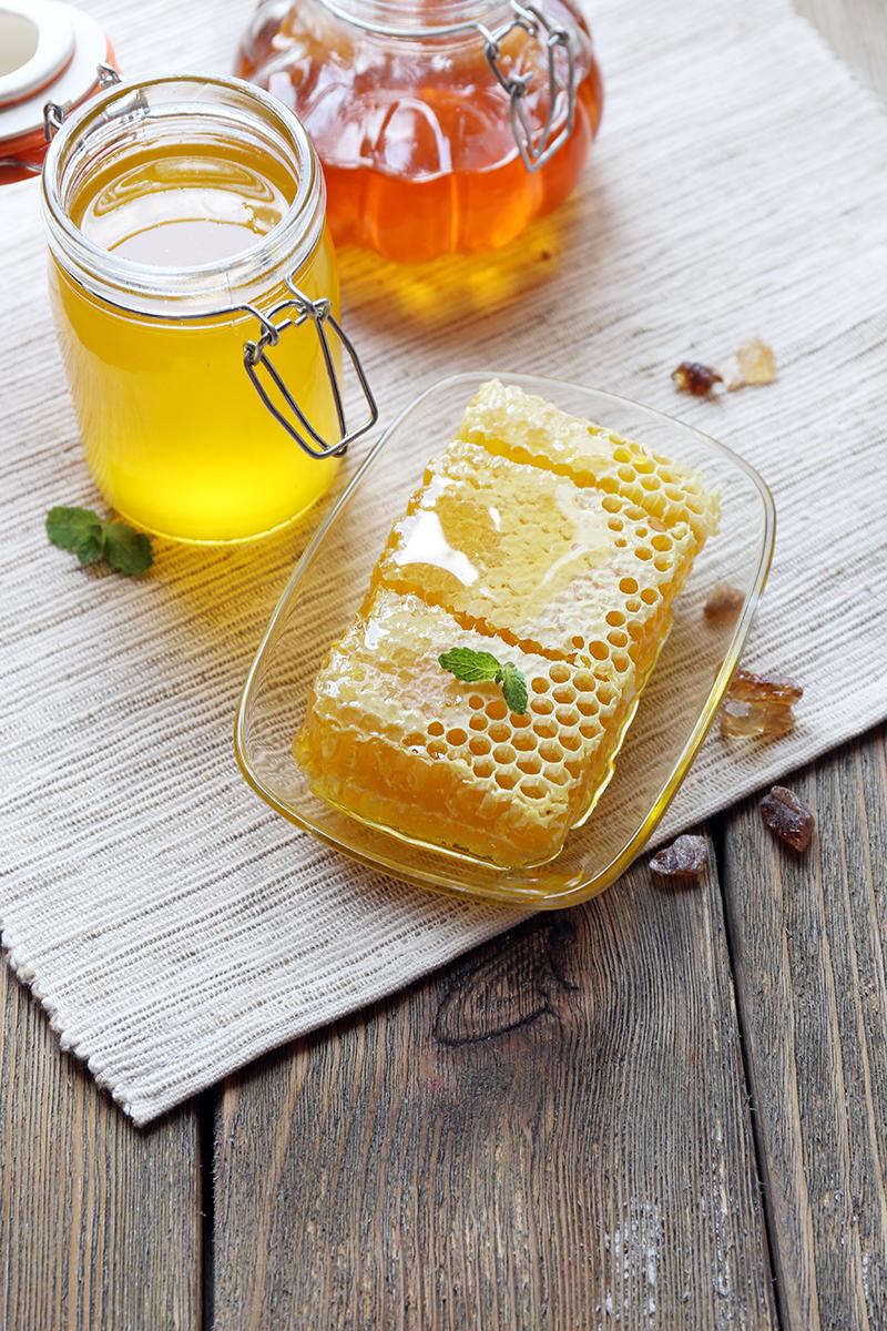 Máj a jún je najlepší čas, kedy začať so včelami. Nech vás pri tom neodradí fakt, že bývate v meste.