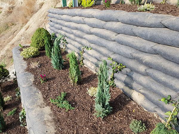 Vegetačné oporné múry