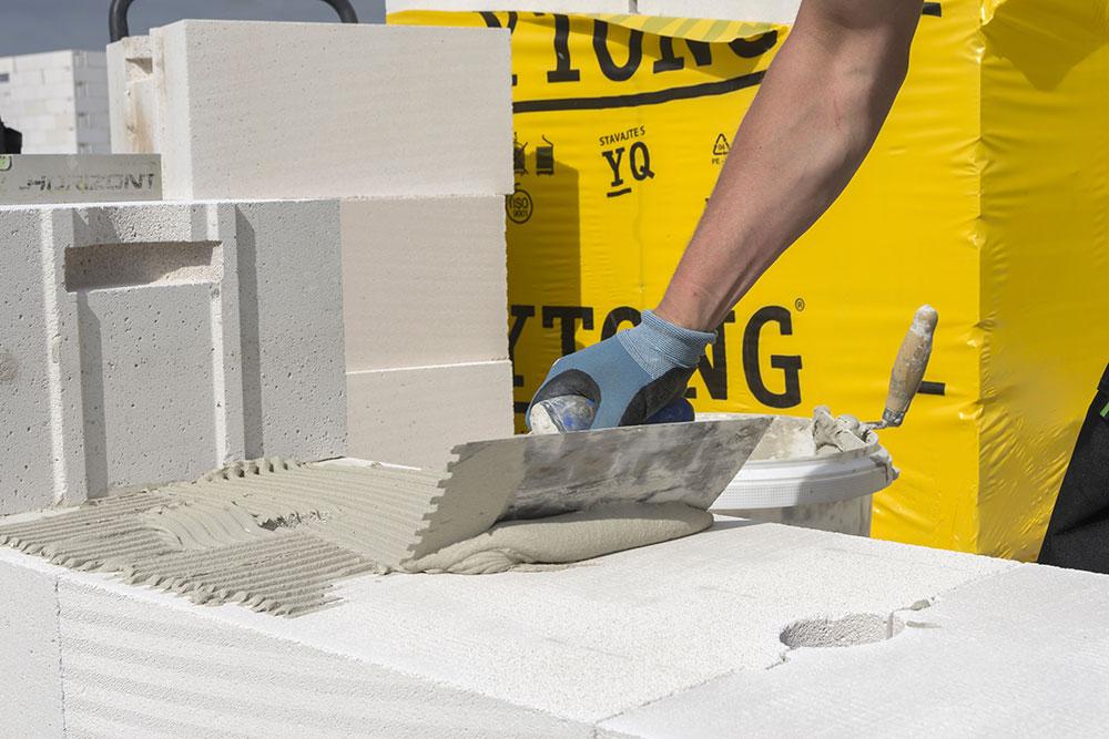 a0da87f7af7a Vyberáte stavebné riešenie  Spoznajte YQ masívneho muriva a strechy ...