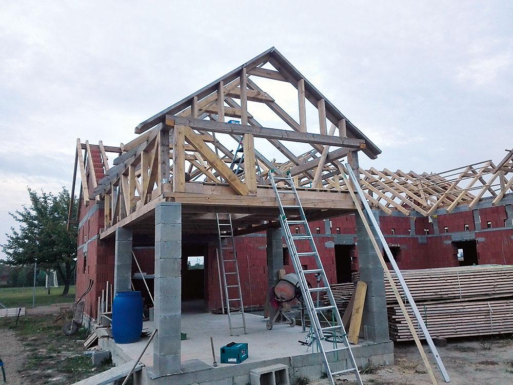 štít stavby