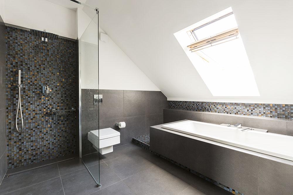 sprchovací kút v kúpeľni