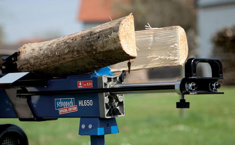 štiepanie dreva na zimu