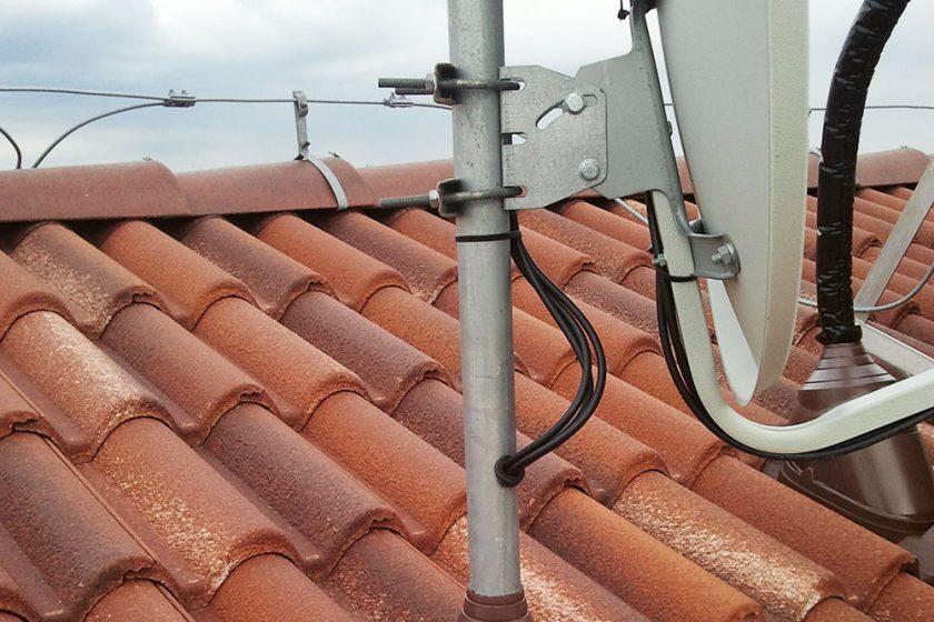 strecha a satelit