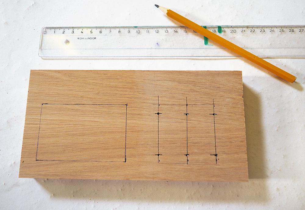 výroba dreveného stojanu na kefky