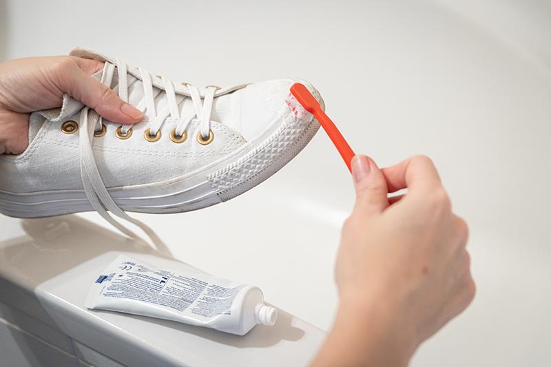 čistič topánok