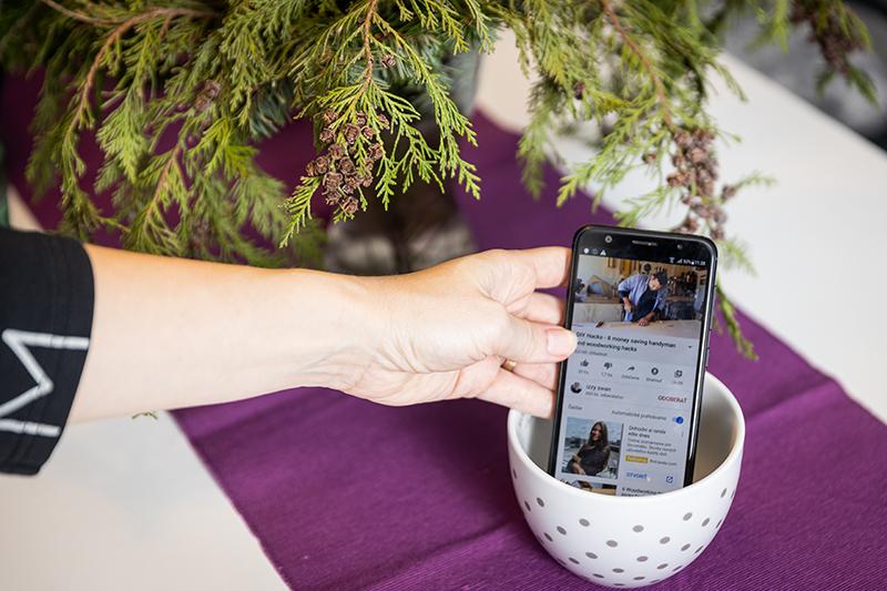 Zosilnenie reproduktora smartfónu