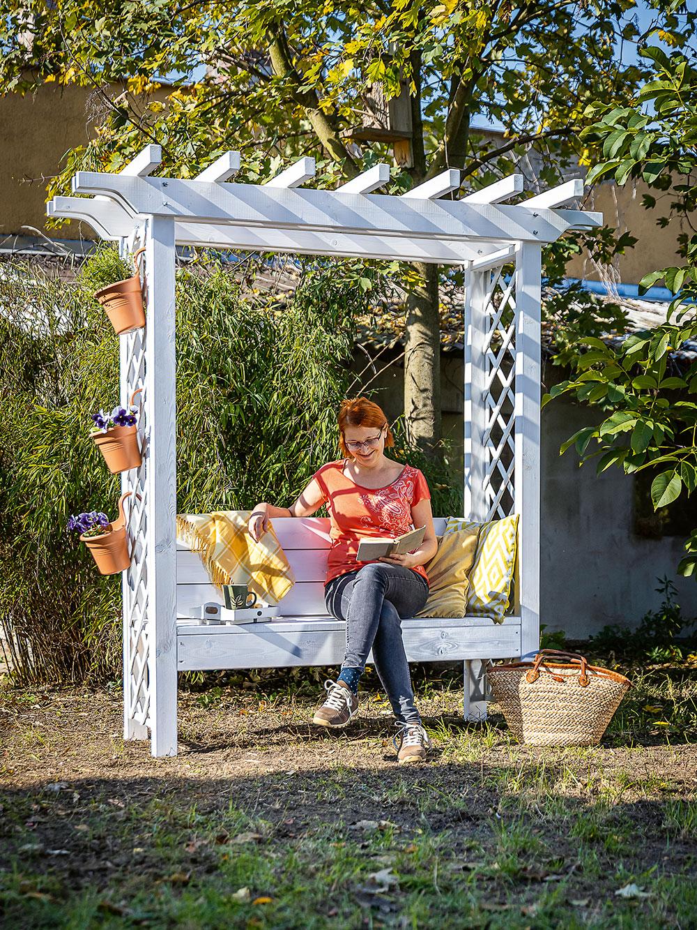 drevená záhradná pergola