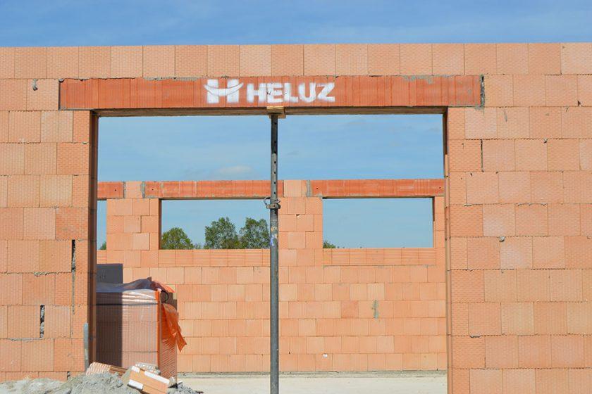 stavebný preklad