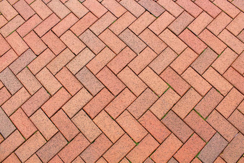 záhradná terasa zbetónovej imitácie kameňa