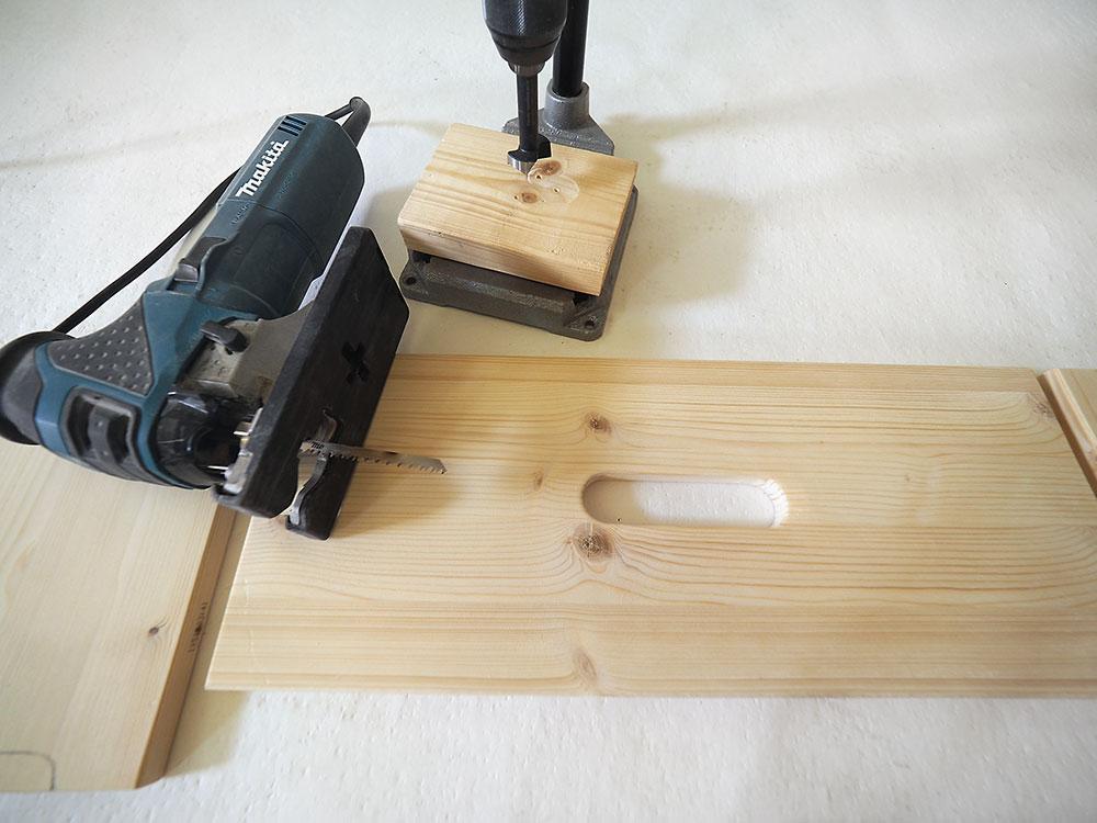 pracovný stolček