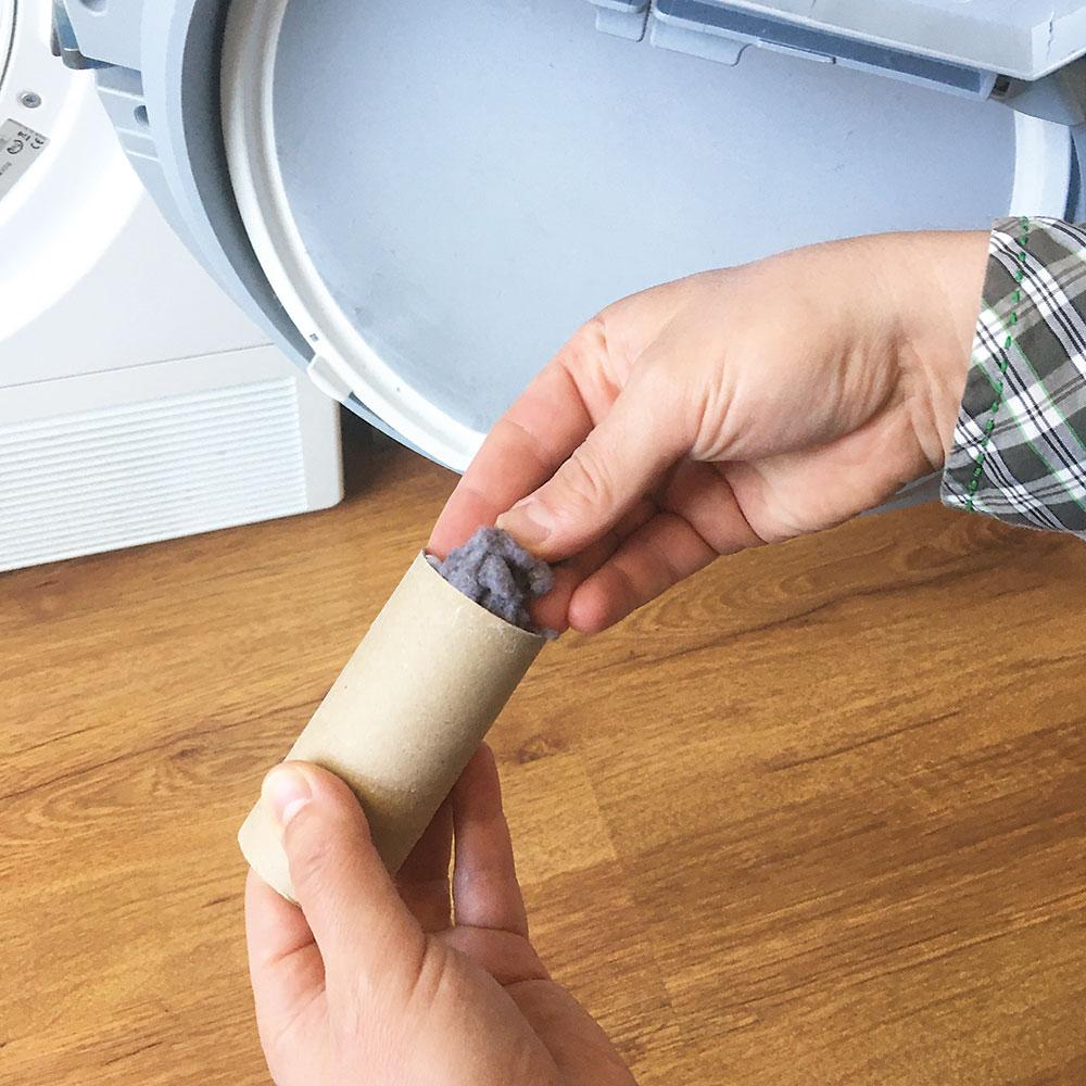 podpaľovač z papierovej rolky