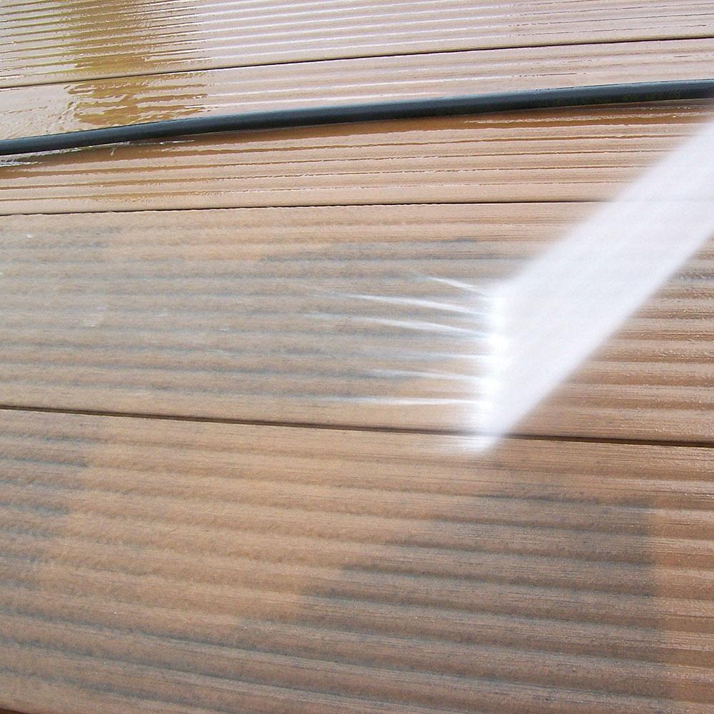 údržba PVC terasy