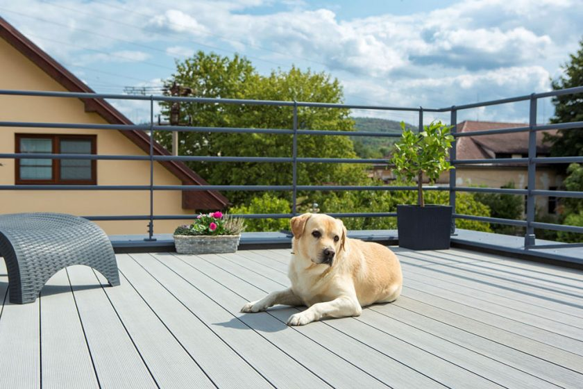 Kompozitne dosky Twinson mozno bez obav pouzit aj na stresnych terasach a balkonoch