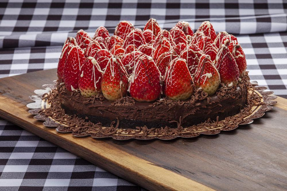 Čokoládovo-jahodová torta
