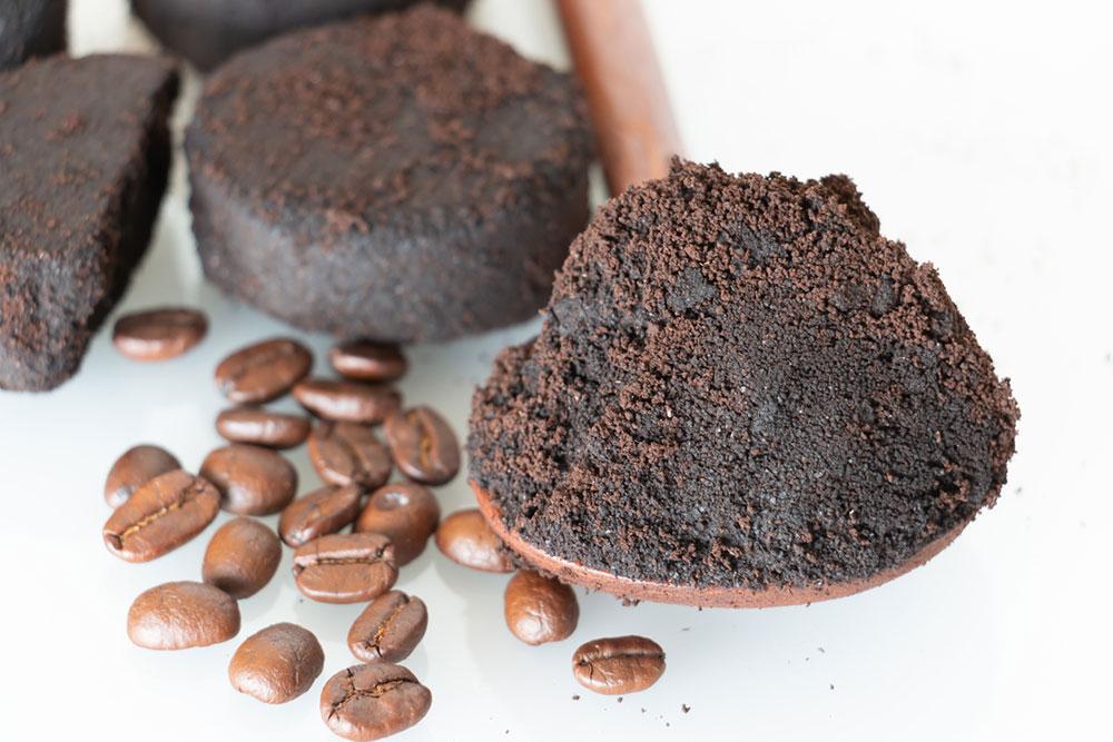 usadeniny z kávy