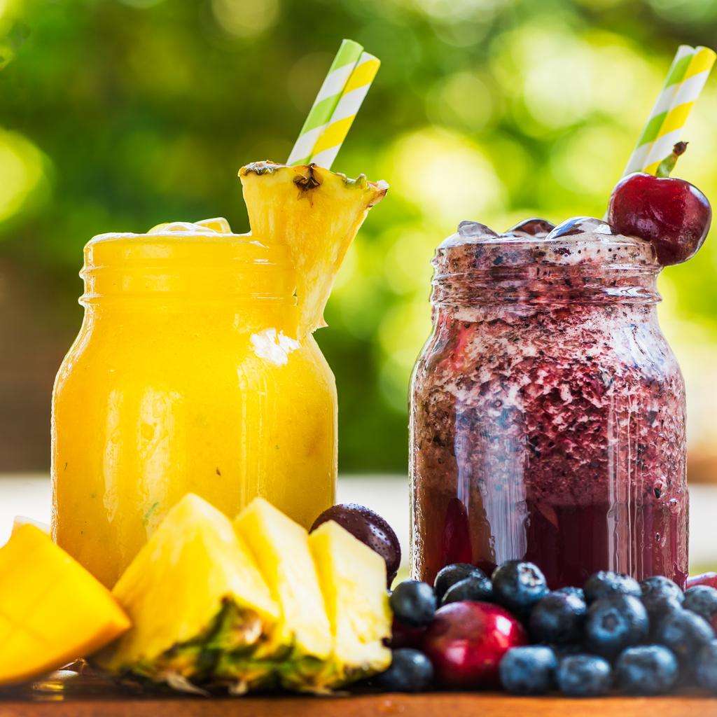 Čerešňovo-višňové a ananásové slushy
