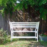 Lavička zo stoličiek