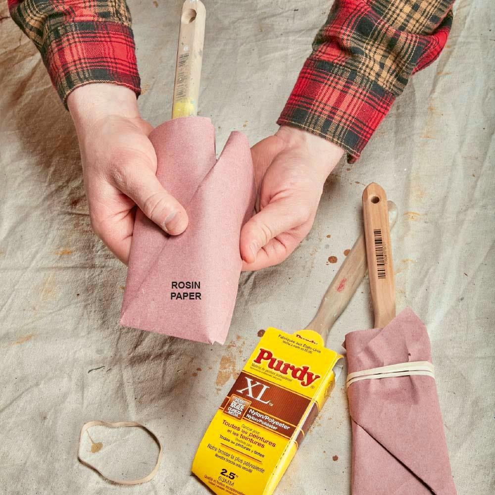 balenie štetcov do papiera