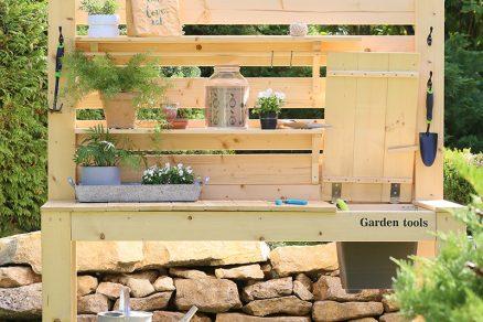 pracovný stôl do záhrady