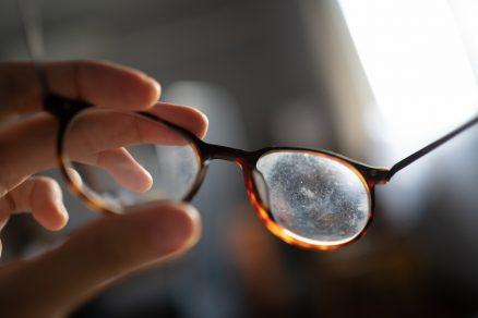 domáci prípravok na čistenie okuliarov