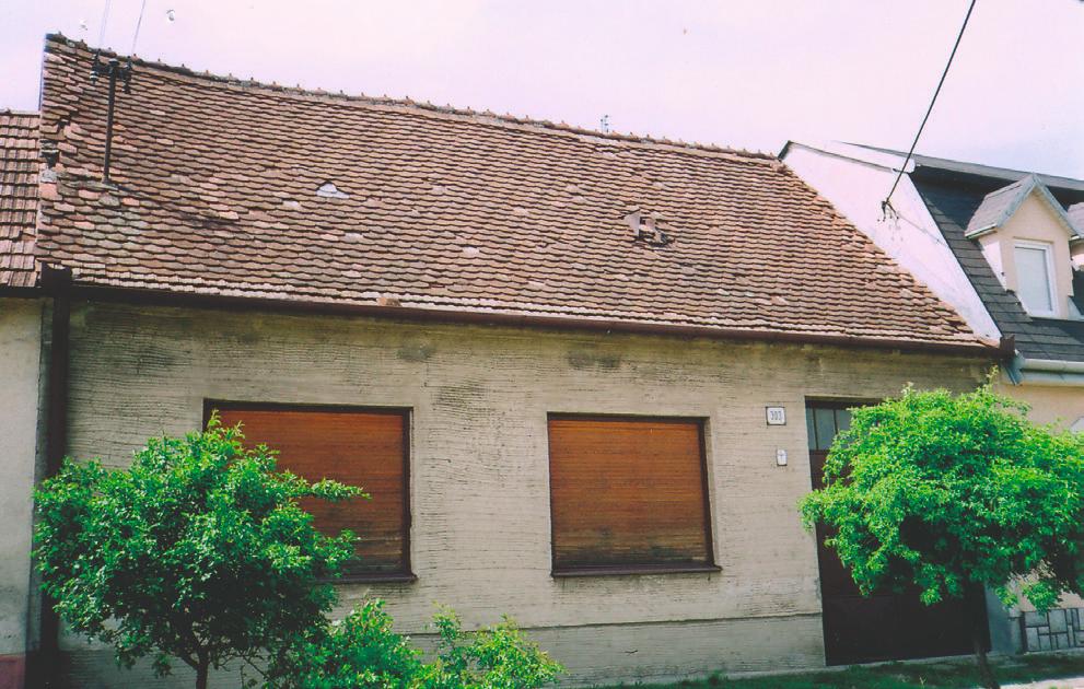 Strecha pred rekonštrukciou