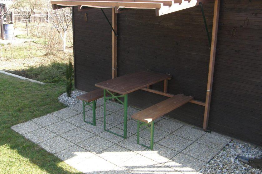 Rozkladacie záhradné sedenie