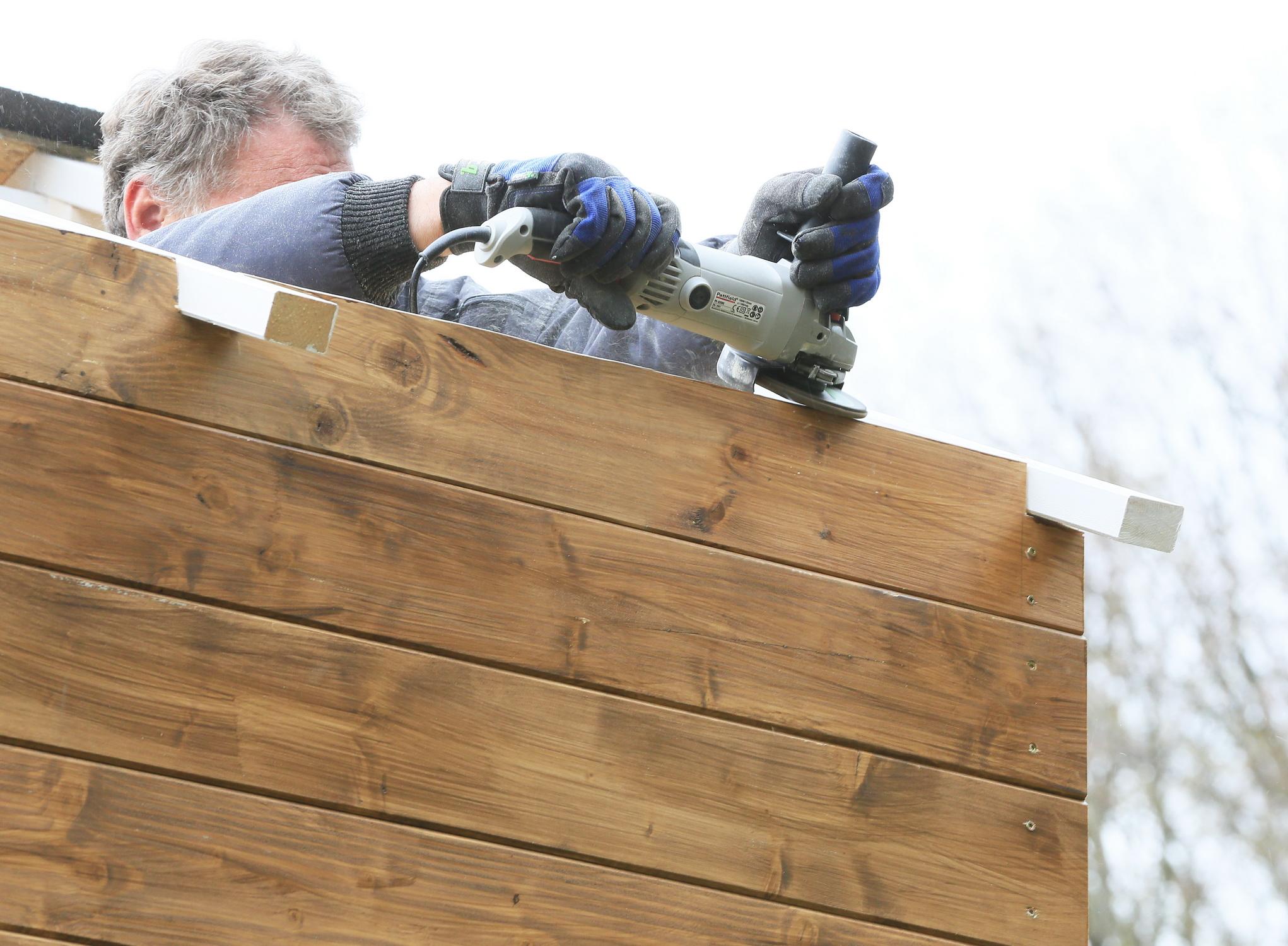 výstavba záhradného domčeka