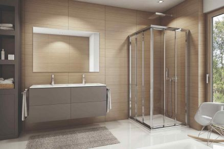 Moderná kúpeľňa v hnedej so sprchovým alu kútom