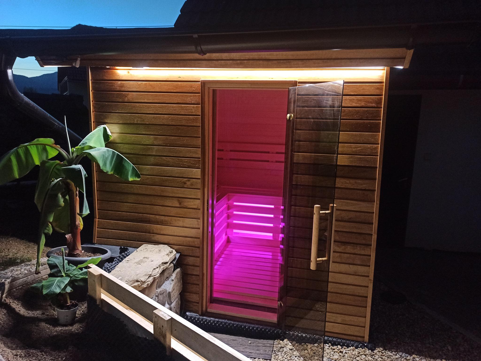stavba fínskej sauny