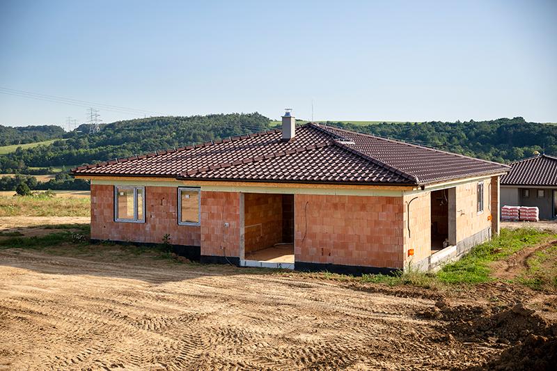 stavba dom z tehál
