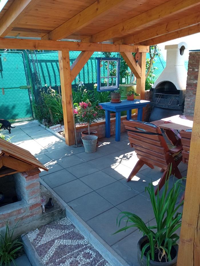 záhradný prístrešok