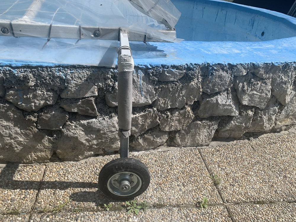 kryt na záhradný bazén