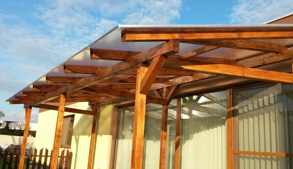 Strecha s dutinkovými polykarbonátovými doskami