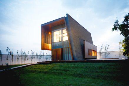 Ultramoderný dom s nízkym sklonom strecgy