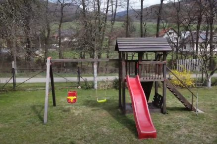 Detské ihrisko postavené svojpomocne