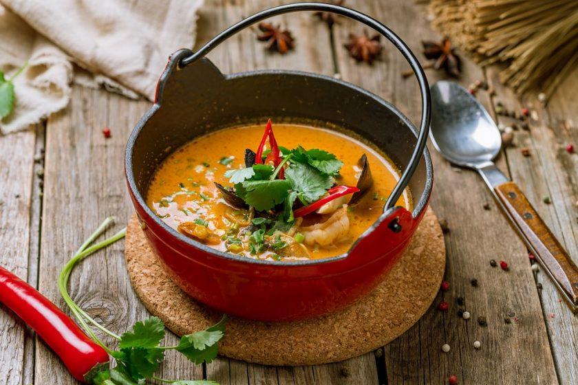 Polievka z papriky a sladkých zemiakov