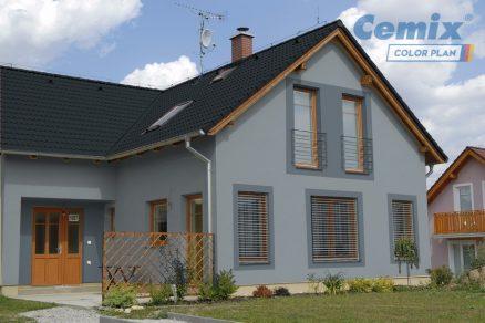 Rodinný dom s modrou fasádou