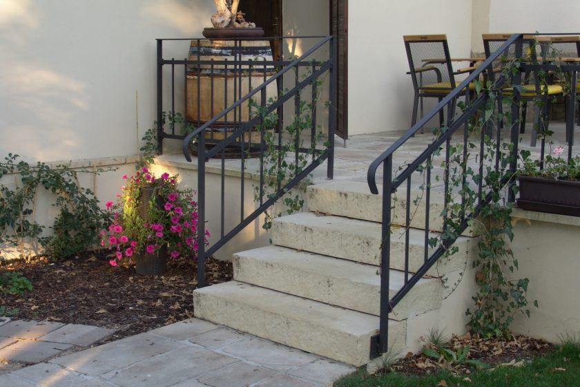 Montované betonové schodište