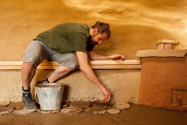 Hlineno-drevená podlaha