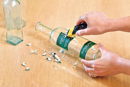 Malá striekanie fľaša
