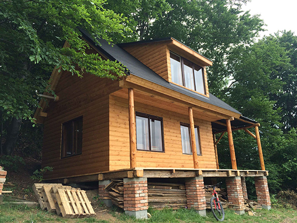 Svojpomocná stavba chaty