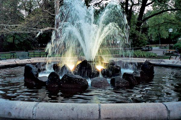 02 lesinska fontana big image