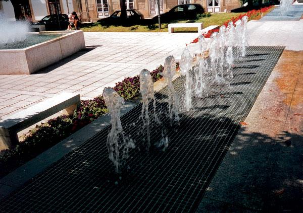 08 lesinska fontana big image