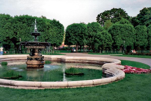 10 lesinska fontana big image