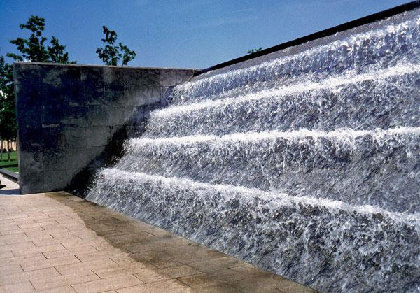 12 lesinska fontana big image
