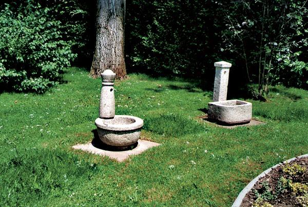 14 lesinska fontana big image