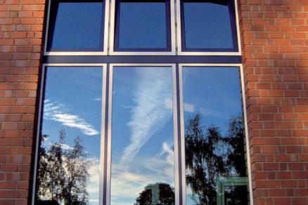 Aké okná a dvere na hrubú stavbu