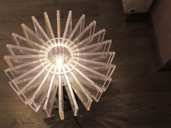ako som si vyrobil lampu z obalov cdciek