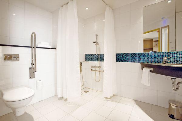 Ako zaizolovať steny a podlahy sprchovacieho kúta